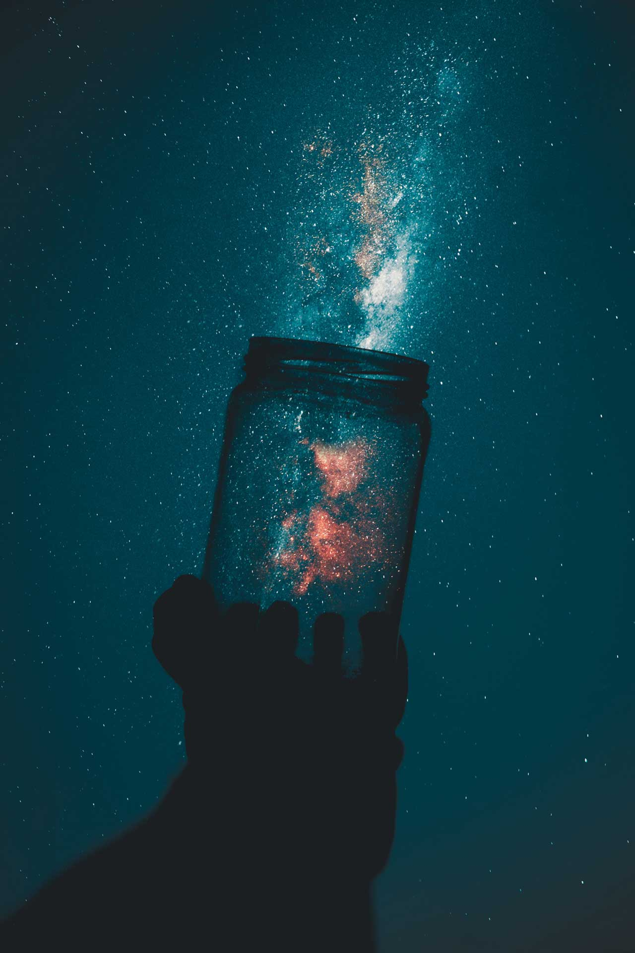 foto di Rakicevic Nenad da <a href='https://www.pexels.com/it-it/foto/astronomia-azione-cielo-cielo-notturno-1274260/' target='_blank'>Pexels</a>